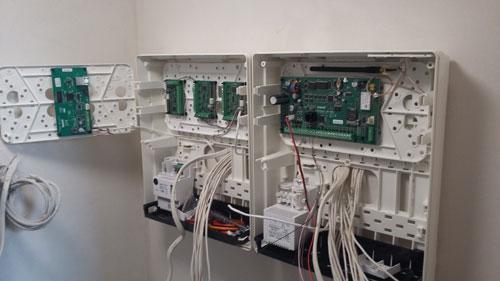 instalacja alarmowa satel integra 128 WRL